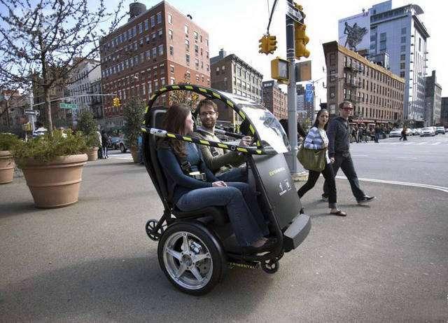 Зачем ездить на обычных машинах, когда есть ЭТО?
