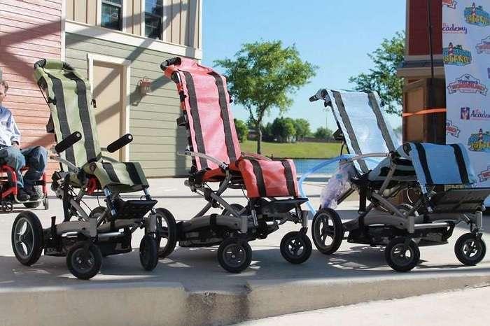 Первый в мире ультрасовременный аквапарк для инвалидов открыли в США. Здесь люди в колясках обретают крылья!