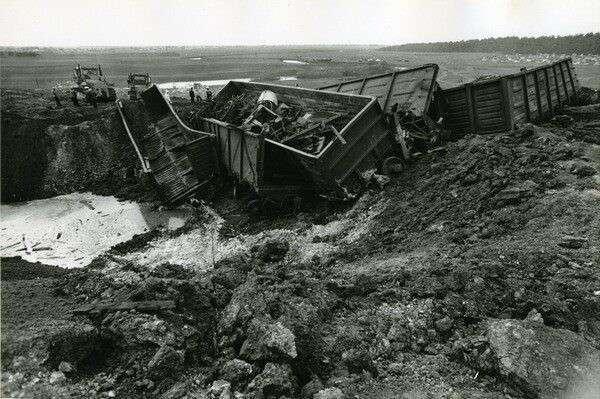 Самые ужасающие катастрофы на железной дороге, произошедшие в СССР, России и Украине (30 фото)