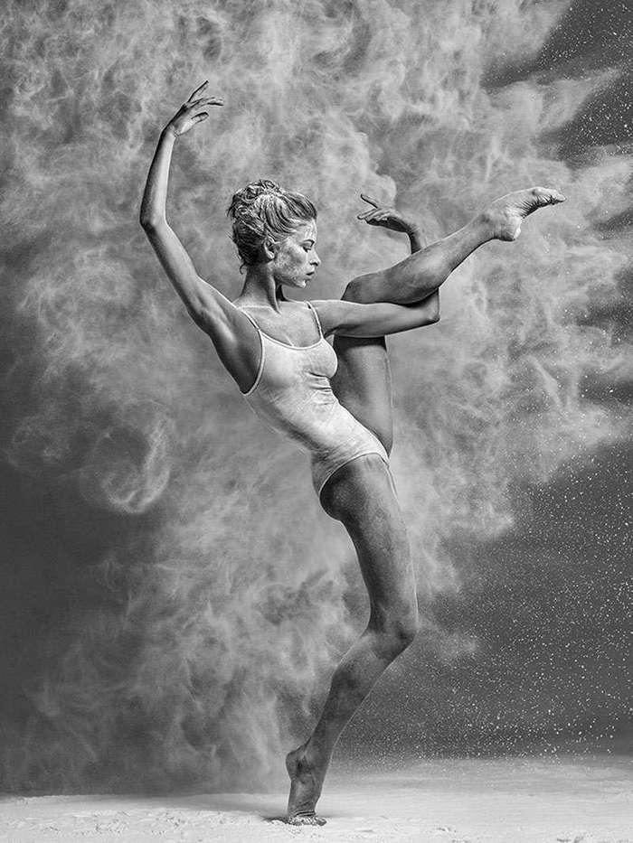 15 сильных фотографий о том, как достаются аплодисменты балеринам