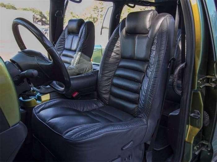 Экстремальный и прокаченный гигант - Ford F650 (16 фото)