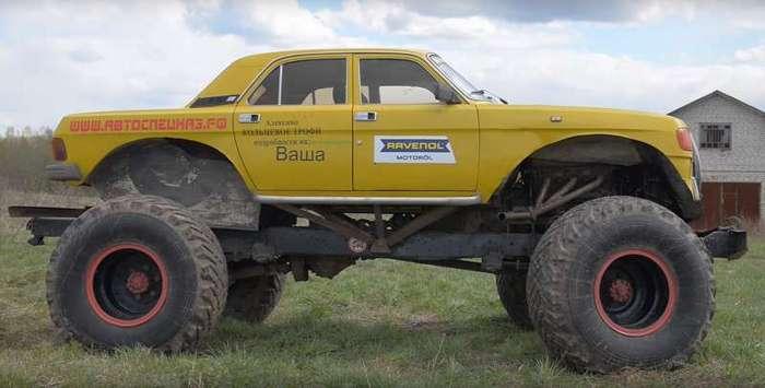 Монстр-трак из ГАЗ-66, МАЗ и Волги (6 фото)