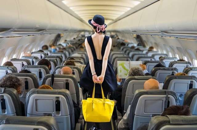 Всем стоять, мы взлетаем! Зарегистрированная пассажирка не нашла своего места в самолете (3 фото)