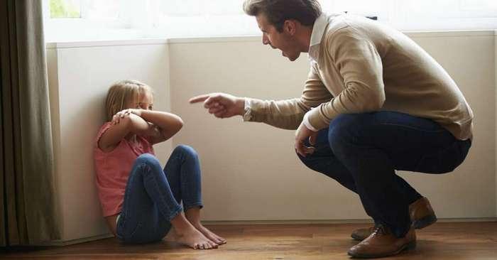 12 ошибок, которые совершают родители при воспитании детей