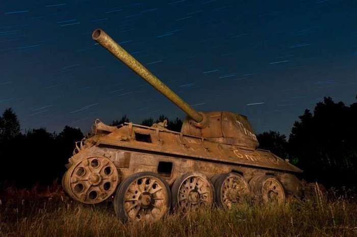 41 танк, захваченный природой (41 фото)