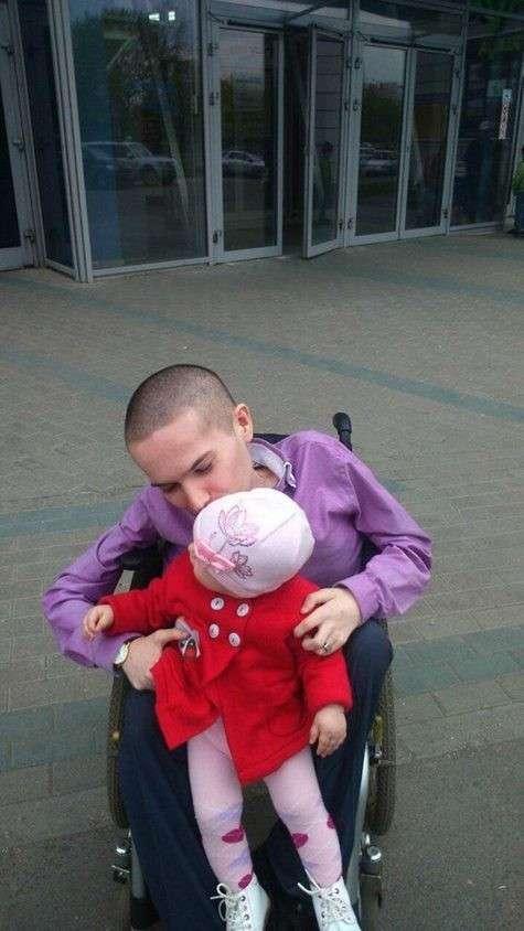 Инвалид-колясочник получил срок за разбой (5 фото)
