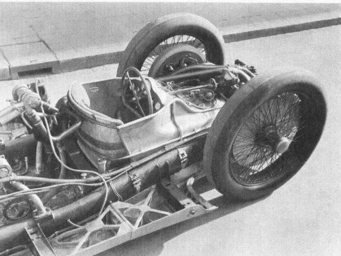 Mercedes-Benz T80 - гоночный автомобиль, для рекорда скорости (8 фото)