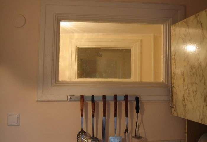 Для чего в -хрущевках- делали окошко между кухней и ванной комнатой (5 фото)