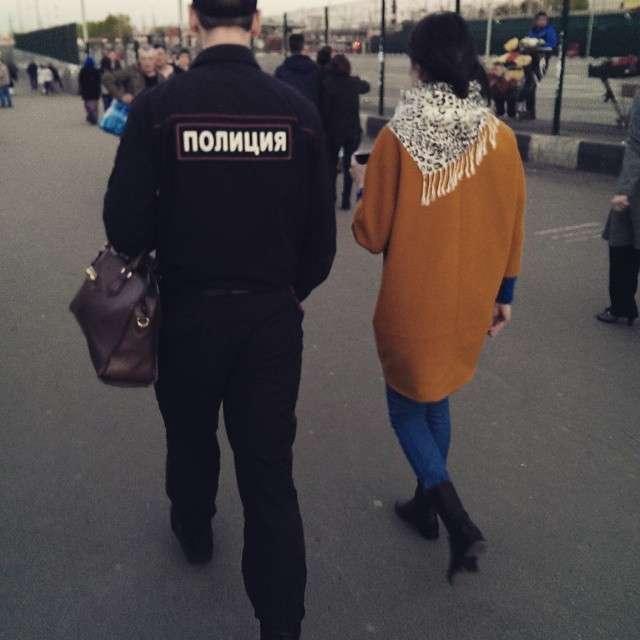 Женщины доминируют: о сказочных подкаблучниках и баборабах (22 фото)