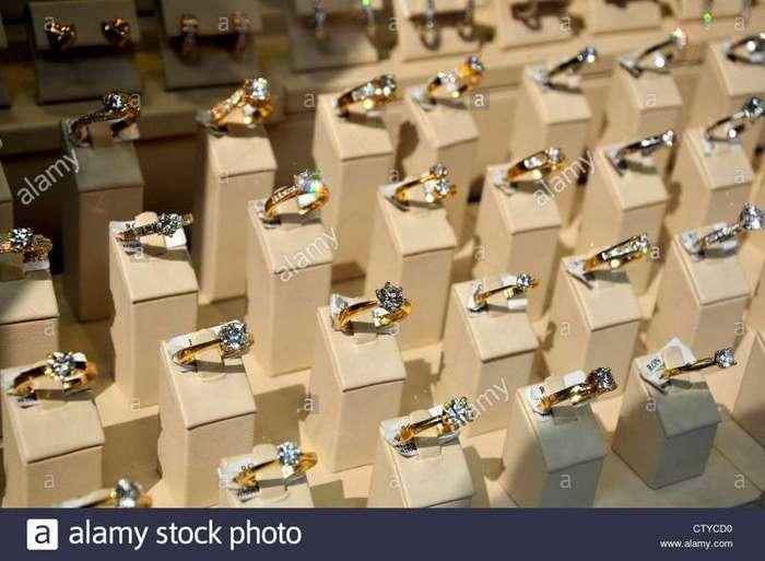 Как обманывают в ювелирных магазинах (5 фото)