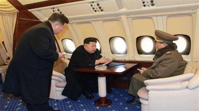 Ким Чен Ын в мире люкса: чем лидер КНДР скрашивает себе жизнь (5 фото)