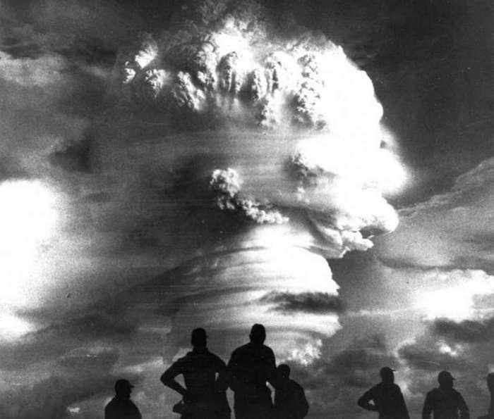 Первое в мире испытание ядерного оружия (36 фото)