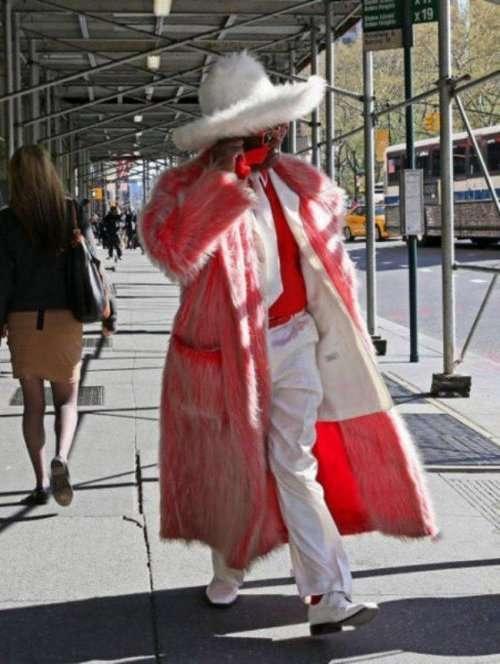 Модники и модницы вокруг нас (24 фото)