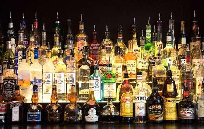 В Минздраве предложили запретить продажу алкоголя в выходные (1 фото)
