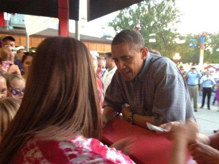 Обама попил пивка на 25 000 долларов (11 фото)