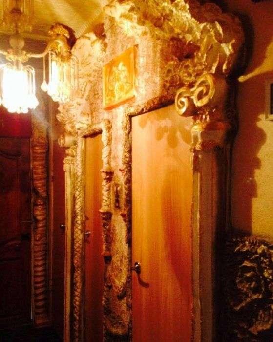Комната в питерской коммуналке за 3 миллиона рублей (14 фото)