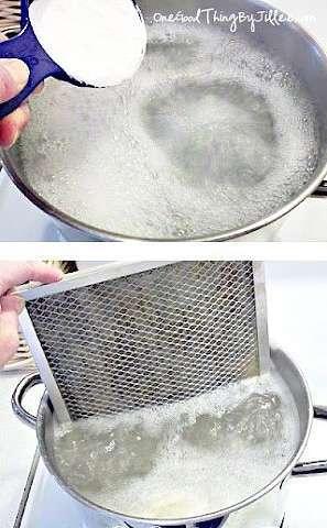Как удалить застывший жир с кухонной вытяжки? Очень просто!
