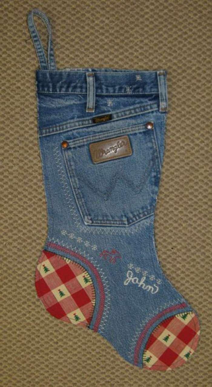 Поделки и новая одежда из старого джинса: 70 оригинальных идей 37