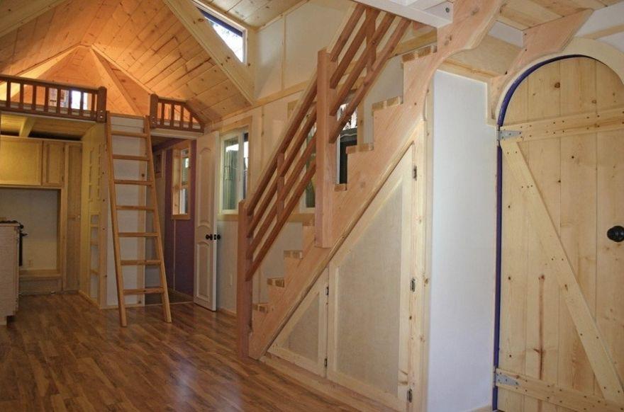Он сделал нечто потрясающее внутри этого дома площадью всего 33 квадратных метра