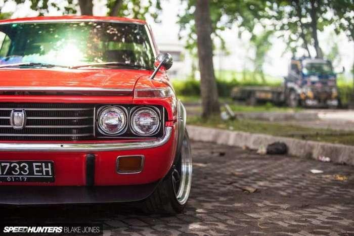 Toyota Crown Coupe – идеал всех поколений (15 фото)