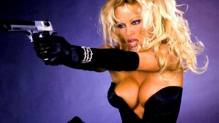 13 самых сексуальных персонажей-блондинок (1 фото)