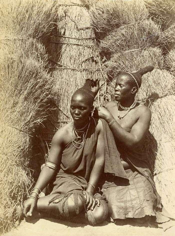 Неизвестная Африка. Фотографии 1870-1930 годов <br><br><b><b>Зулуски. Южная Африка, конец XIX века</b></b><br><img class=