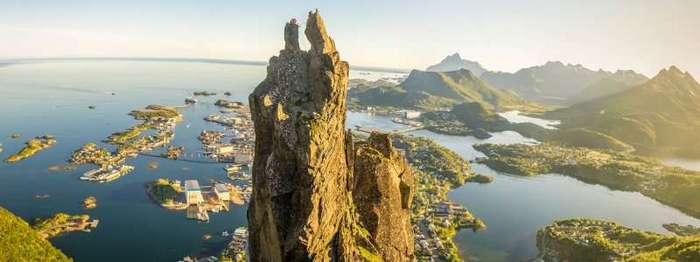 Фотоподборка за 19.07.2017 <br><br><b><b>Гора Свольвергейта, Лофотенские острова, Норвегия </b></b><br><img class=