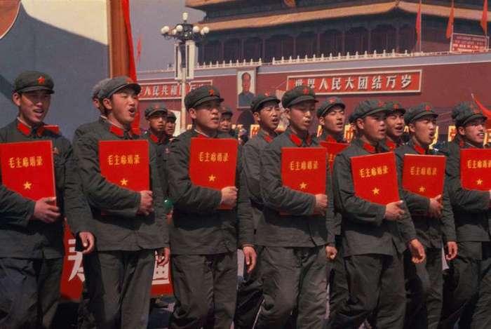 Красный Китай 1966 года глазами китайского фотографа <br><br><b> <b>Большой формат:</b> </b><br><img class=