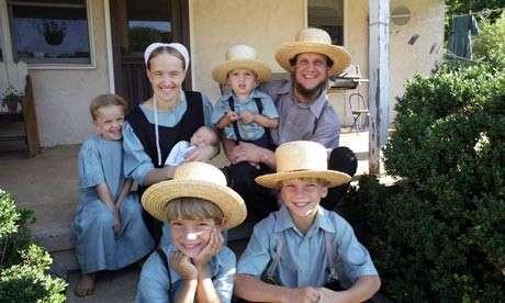 Увидев, как амиши строят сарай, вы почувствуете себя очень непродуктивным! <br><br>Традиционные наряды амишей.<br /> <img class=