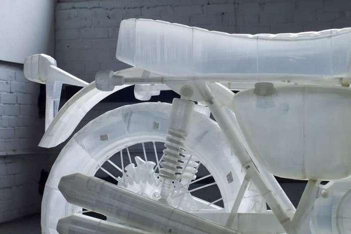 Мотоцикл Honda напечатанный на 3D-принтере <br><br><b><b>В распоряжении Джонатана были два принтера Ultimaker 3D, на которых американец изготавлилвал отдельные детали для копии мотоцикла Honda CB500. </b></b><br><img class=