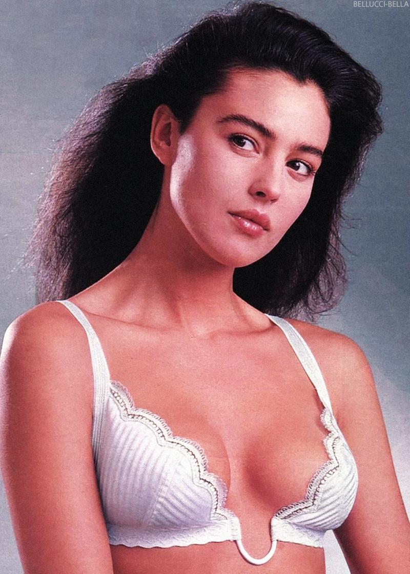 Интересные фотографии известных людей <br><br><b> <b>Monica Bellucci 1988</b> </b><br><img class=