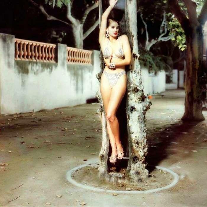 Интересные фотографии известных людей <br><br><b> <b>Синди Кроуфорд , 1995</b> </b><br><img class=