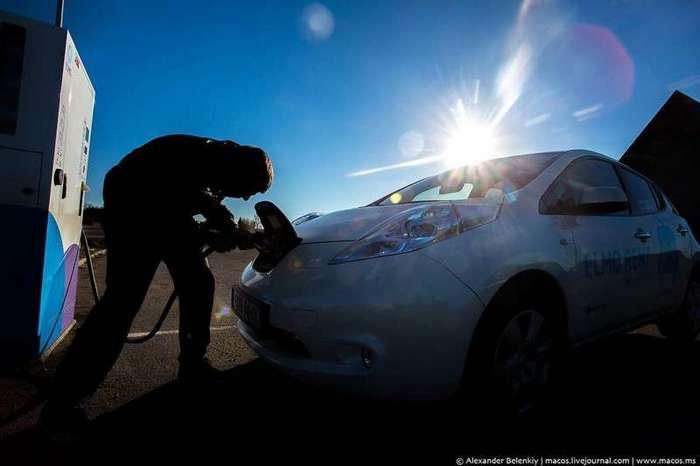 Россия признала электромобили <br><img class=