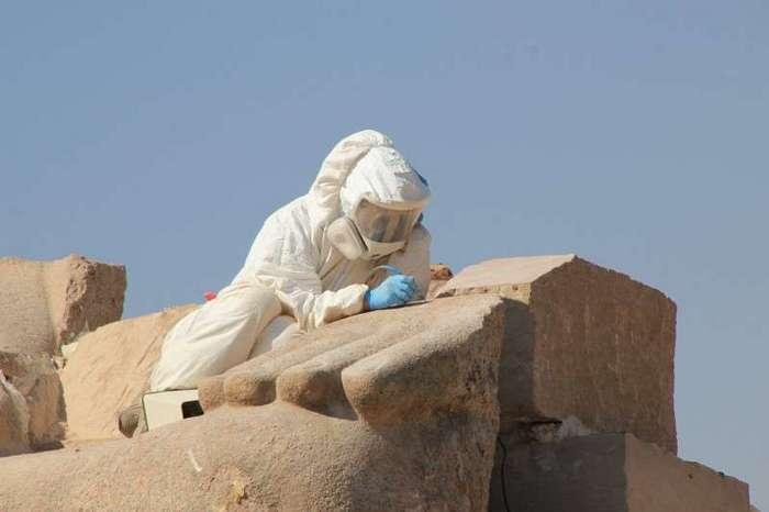 Египет. Калейдоскоп фотографий <br><br><b> <b>Высокие технологии современных реставраторов</b> </b><br><img class=
