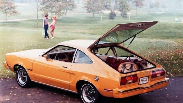 Больной жеребец. Второе поколение Ford Mustang -6 фото-