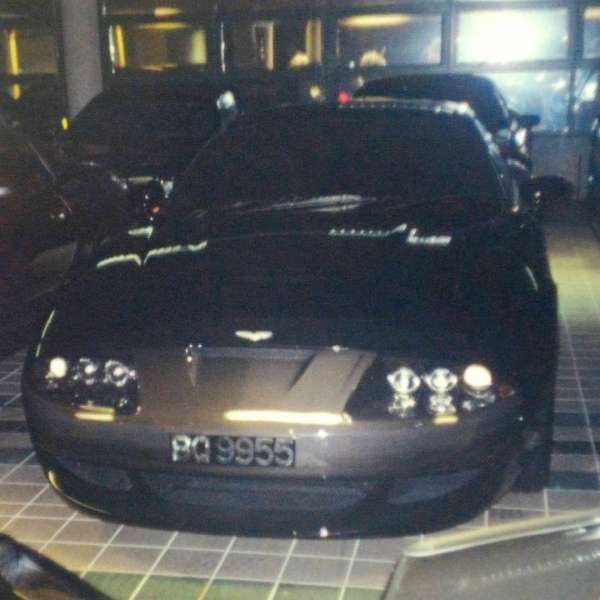 Эксклюзивные фото коллекции автомобилей султана Брунея -50 фото-