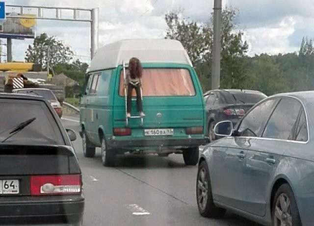 Подборка автомобильных приколов-26 фото-