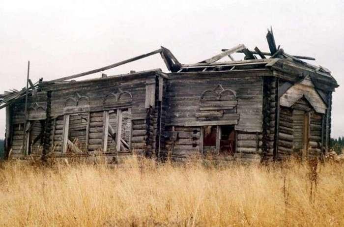 В 1950 году жители села Растесс резко покинули свои дома, что именно произошло неизвестно до сих пор-1 фото-