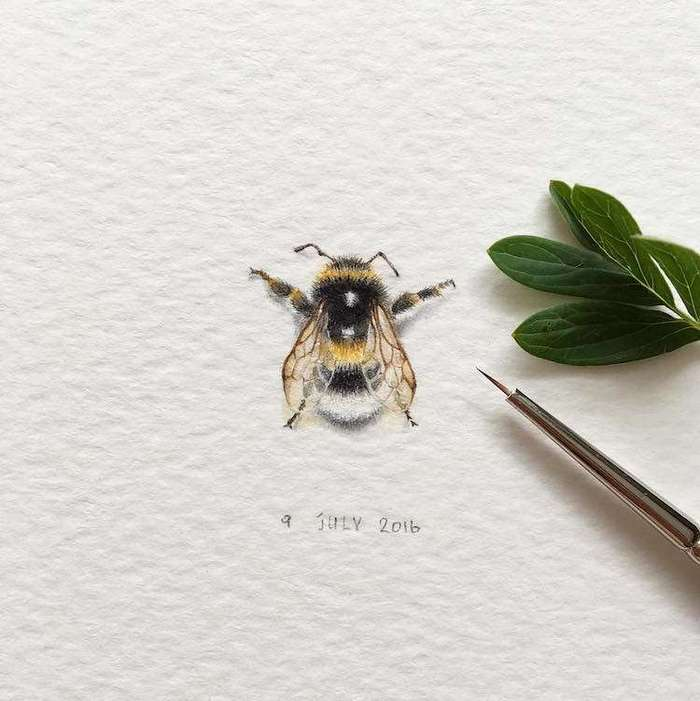 Маленькие звери на крошечных картинах ирины малаховой-22 фото-