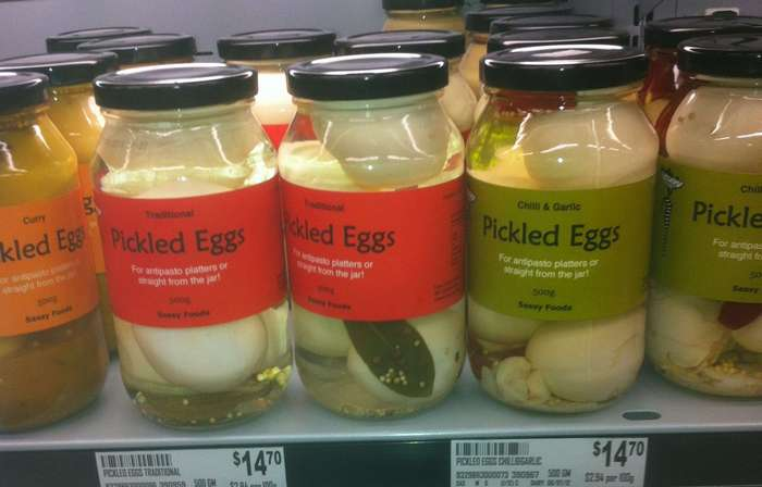 Маринованные яйца, традиционная английская закуска-10 фото-