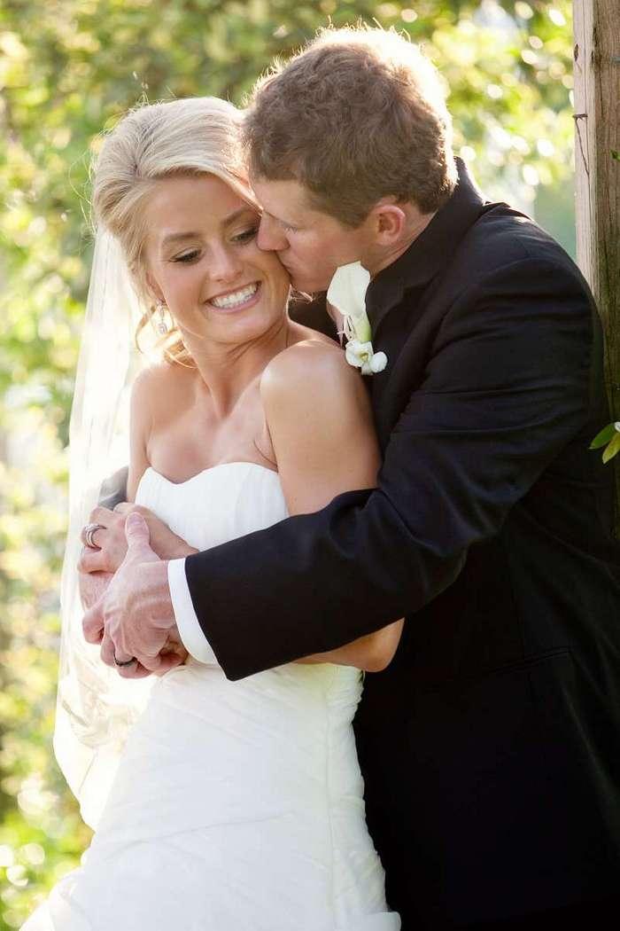 Спустя четыре месяца после страшной аварии боец SEAL смог встать и поцеловать жену-9 фото-