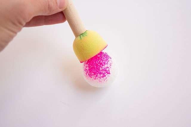 Она обернула воздушный шар полиэтиленовой пленкой. Результат заставил меня ахнуть от восторга!