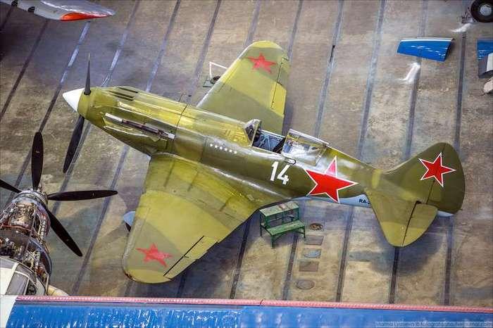 Cамый массовый самолет в истории авиации-19 фото-