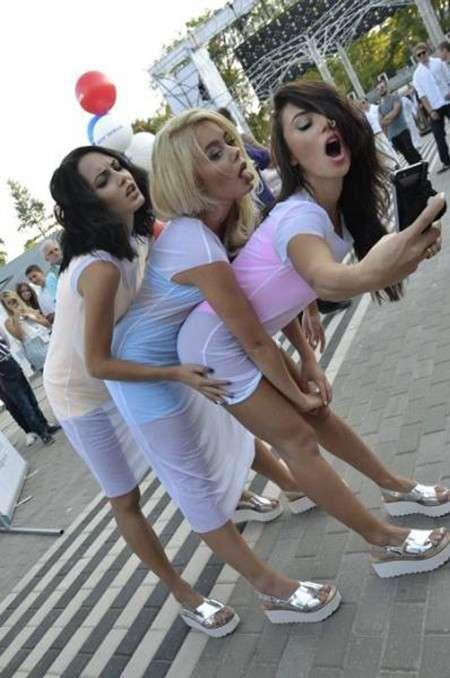 Курьезные девушки, которые поднимут настроение!-53 фото-