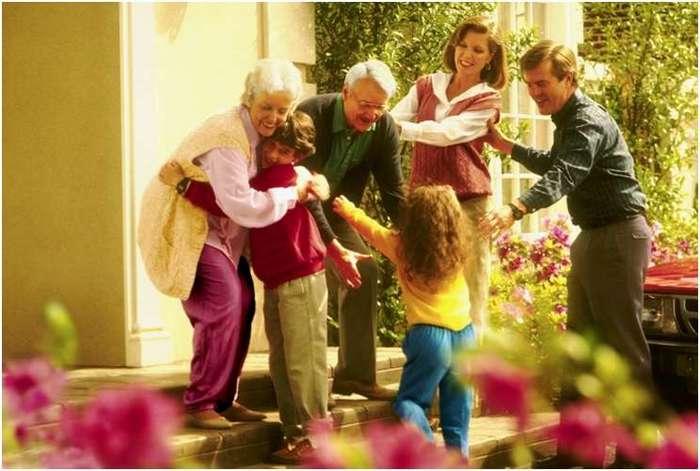 Зачем нужны семейные традиции?