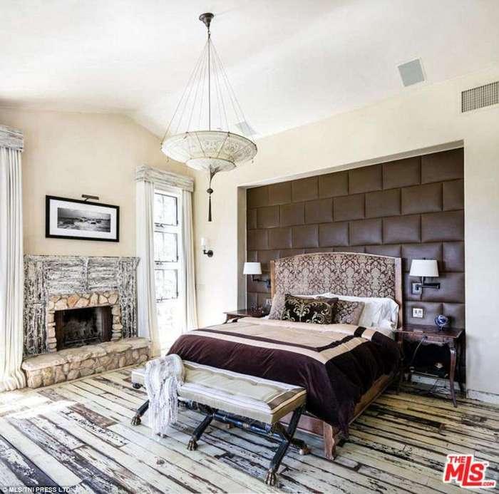 Мэл Гибсон решил продать имение за 21 миллион долларов