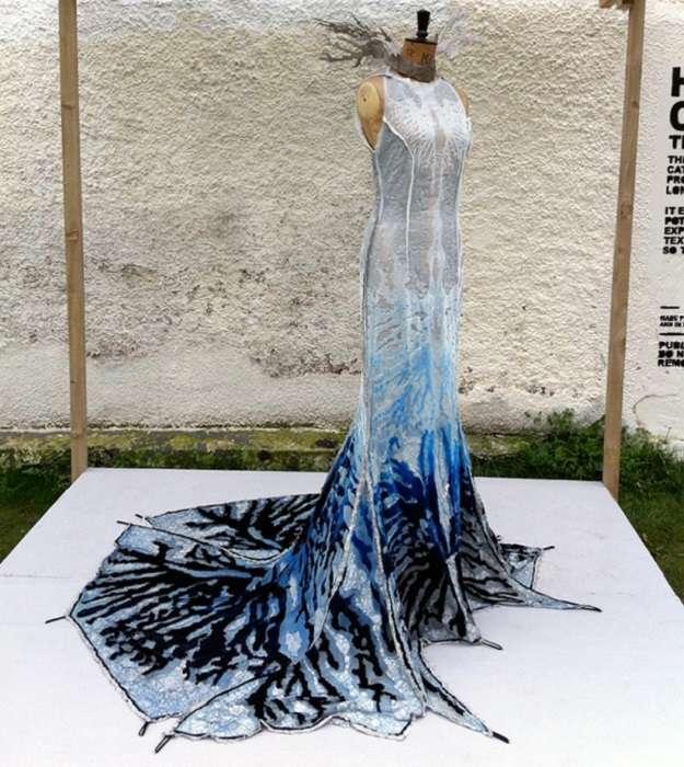 Одежда из будущего: 6 платьев, которые поражают своими возможностями