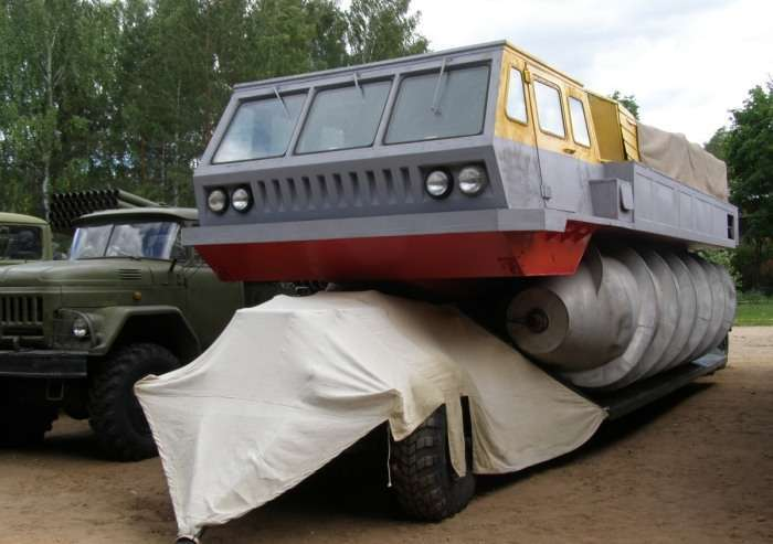 Шнекоход: уникальный вездеход, который спроектировали для космонавтов СССР