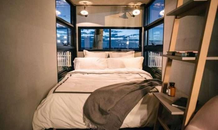 Компактно и комфортно: мини-отель из морского контейнера