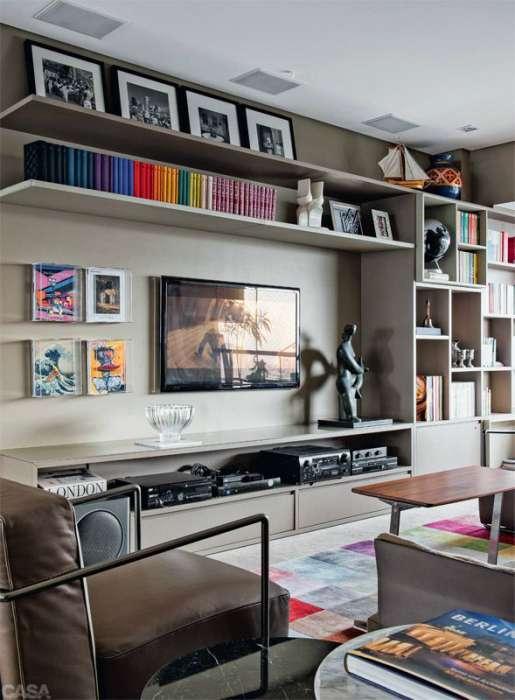 20 великолепных примеров, как можно оживить зону для просмотра телевизора